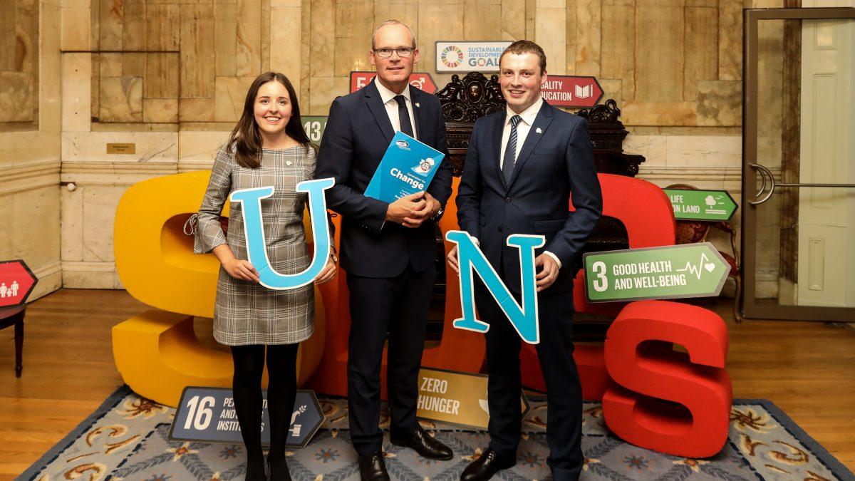 Tánaiste Simon Coveney meets with Ireland's new UN Youth Delegates for 2018/2019.